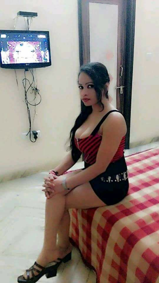 Escort Service In  Malvani